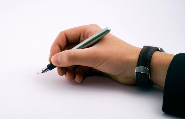 ज्योतिष के अनुसार जानिए कैसे होने चाहिए आपके हस्ताक्षर