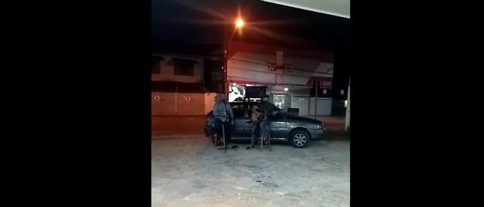 Vídeo: Pastor leva oração e louvores aos profissionais de Saúde e enfermos de Cruzeiro do Sul