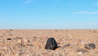Meteorit langka yang mengandung berlian unik.