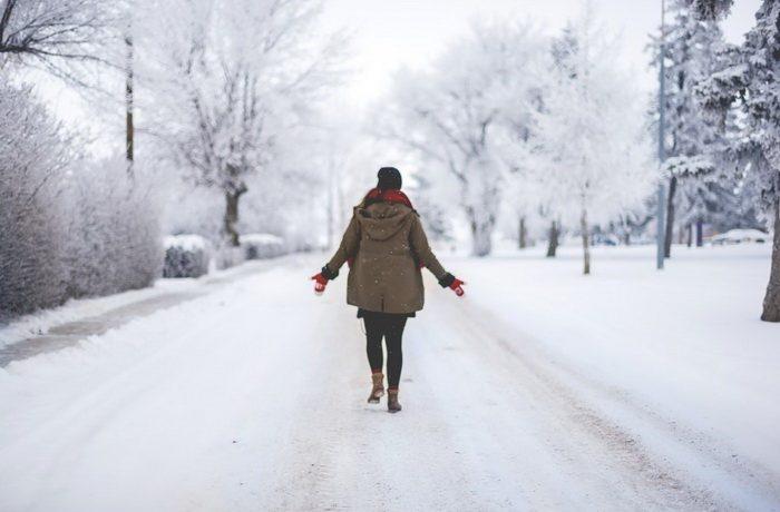 snijeg-šetnja-hladnoća-zdravlje-zdrav-život