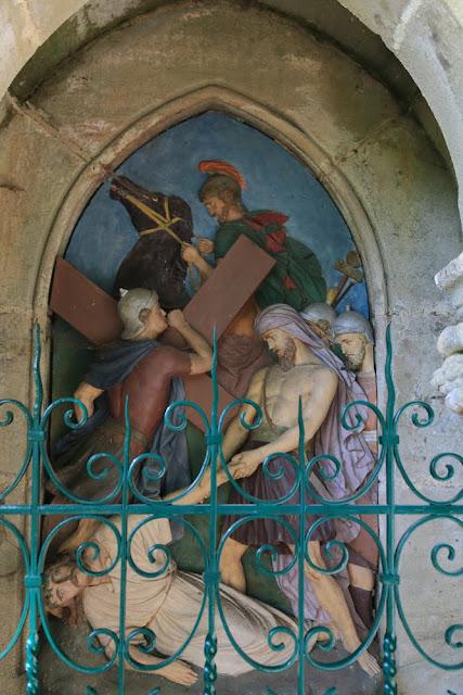 Way of the cross. Standing. Ninth. Rocamadour. France. Крестный путь. Стояния. Девятое. Рокамадур. Франция.