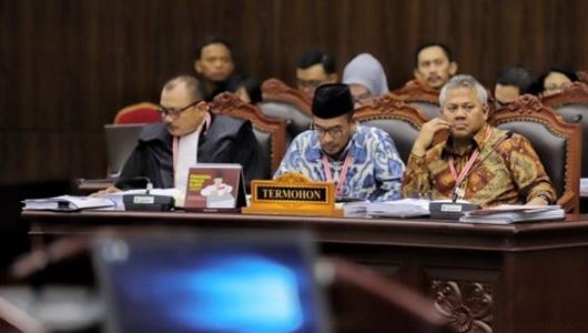 Sidang Sengketa Pilpres Memanas, Komisioner KPU Tuntut Tim Prabowo Cabut Pertanyaan