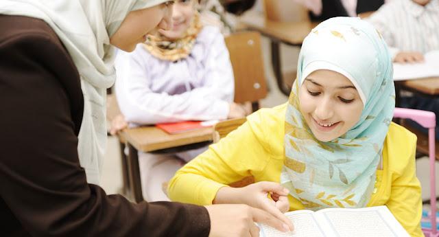 Pendidikan Anak Perempuan dalam Islam