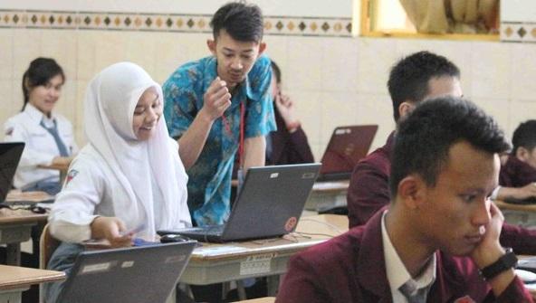 Hari pertama UN di Malang