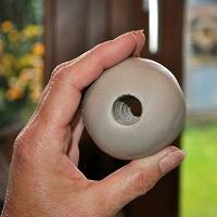 Loch stechen Keramikkugel