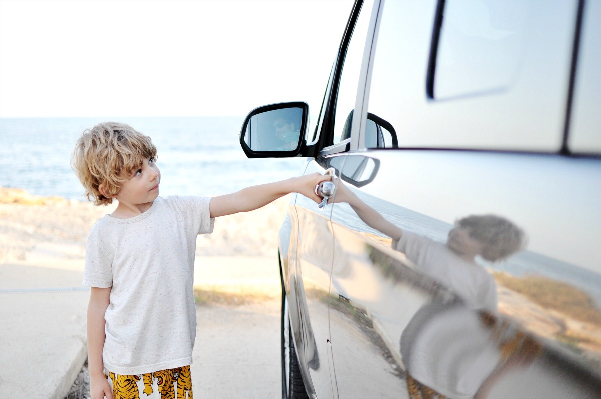 travel to spain, spain road trip, tour spain, road trip, road tip ideas, road trip with kids, best family road trips, best road trip cars, camper van rental, mercedes benz, mercedes, mercedes car, benz