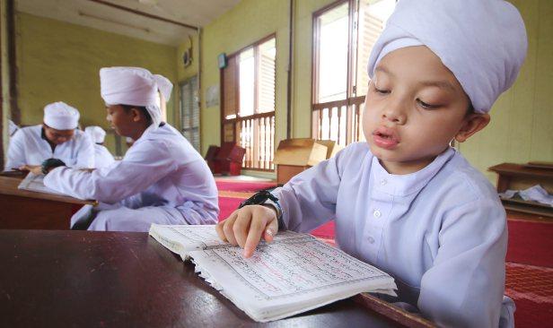 Tahfiz Muda | Umur Berapa Nak Didik Anak Jadi Penghafaz Al-Quran?