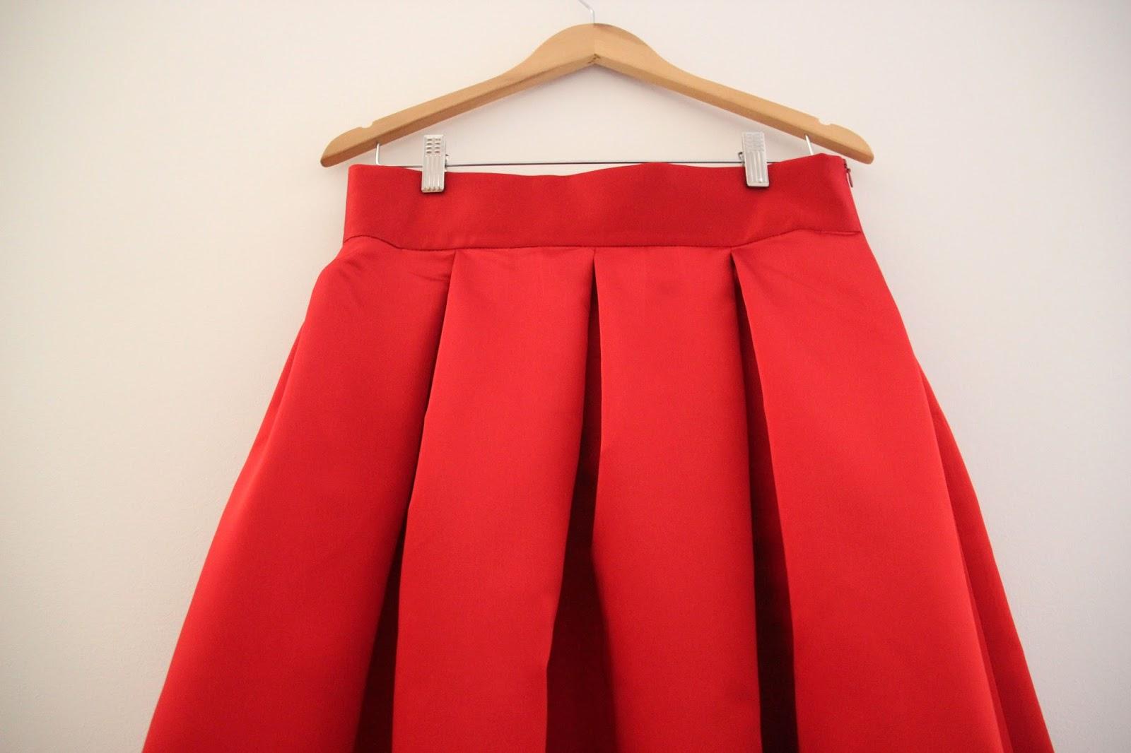 758fe9b44 DIY Tutoriales y patrones: Falda Midi Rojo Valentino | | Oh, Mother ...