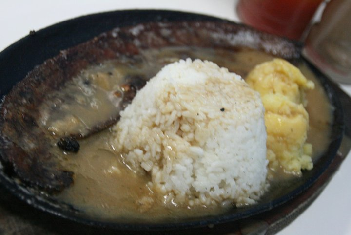 Sizzling spare rib with extra gravy almer's