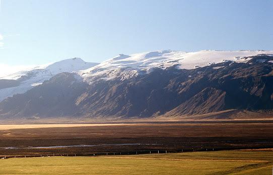 Iceland 1977: Eyjafjallajokull from Fljotsdalur