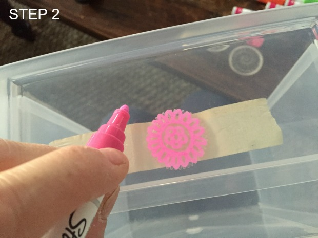 how to paint designs onto plastic bins using Sharpie paint markers