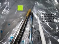 Vergleich Mine: Kugelschreiber Bow Aluminium silber Ständer