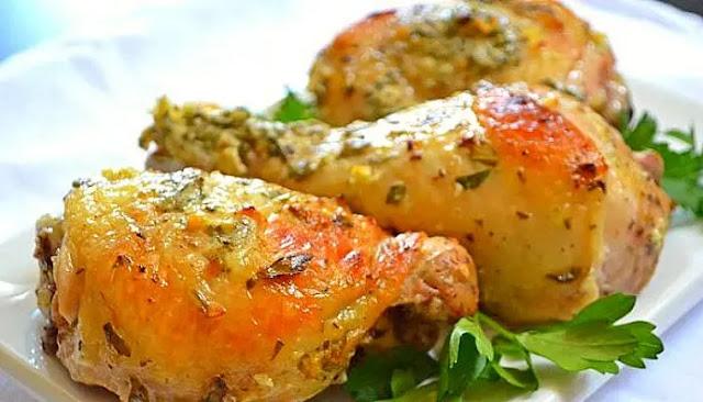 Pollo y patatas al limón griego