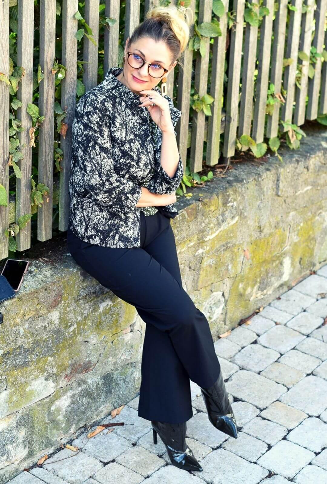 Schluppenbluse-Outfit-Buero-2