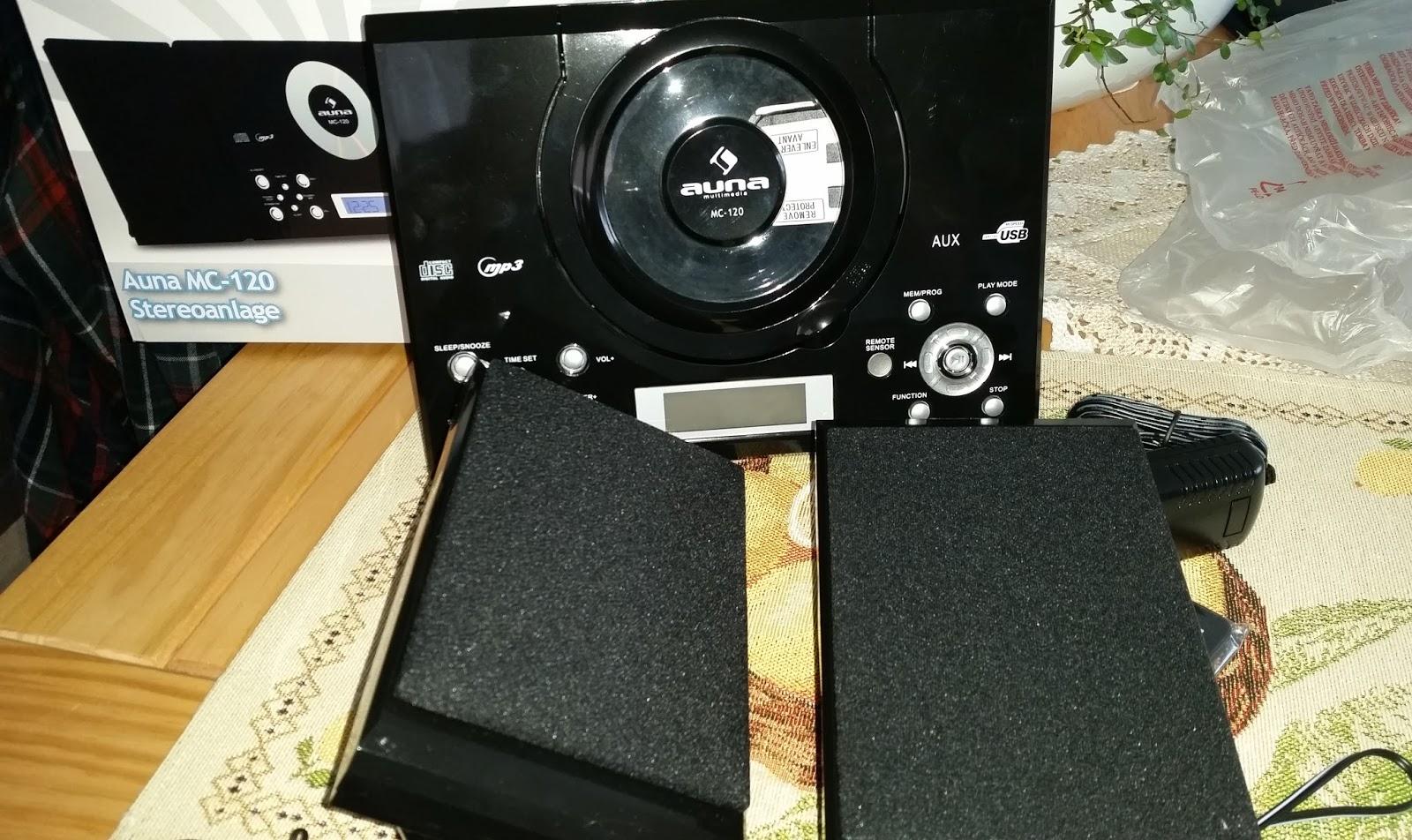 meine testecke eine kleine stereoanlage mit einem guten klang. Black Bedroom Furniture Sets. Home Design Ideas