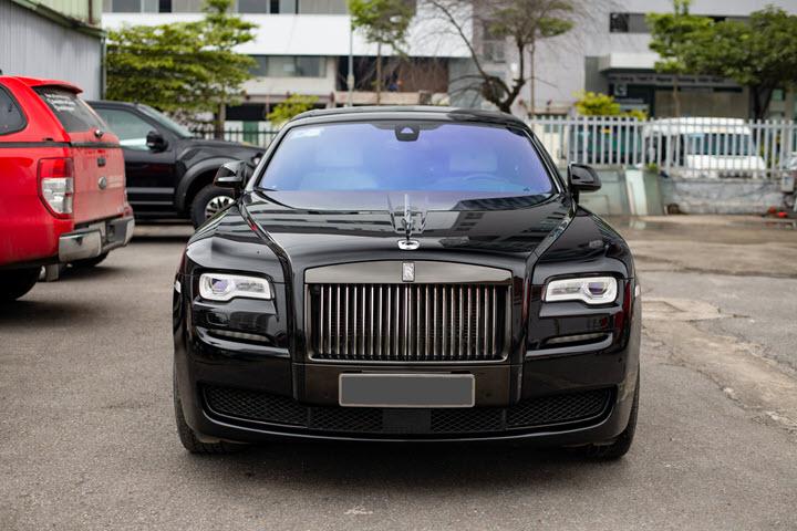 Rolls-Royce Ghost Black Badge hàng độc giá khoảng 40 tỷ đồng