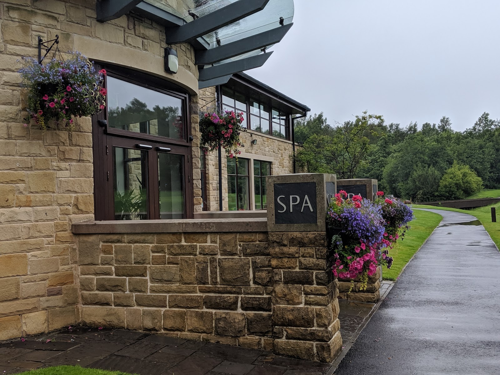 A Short Break at Cameron Lodges, Loch Lomond - lodge 116 spa reception