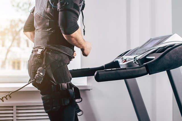 Electrical muscle stimulation là gì ? Có hiệu quả không