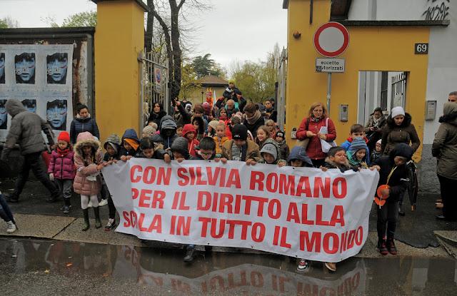 Con Silvia Romano, per il diritto alla scuola in tutto il mondo