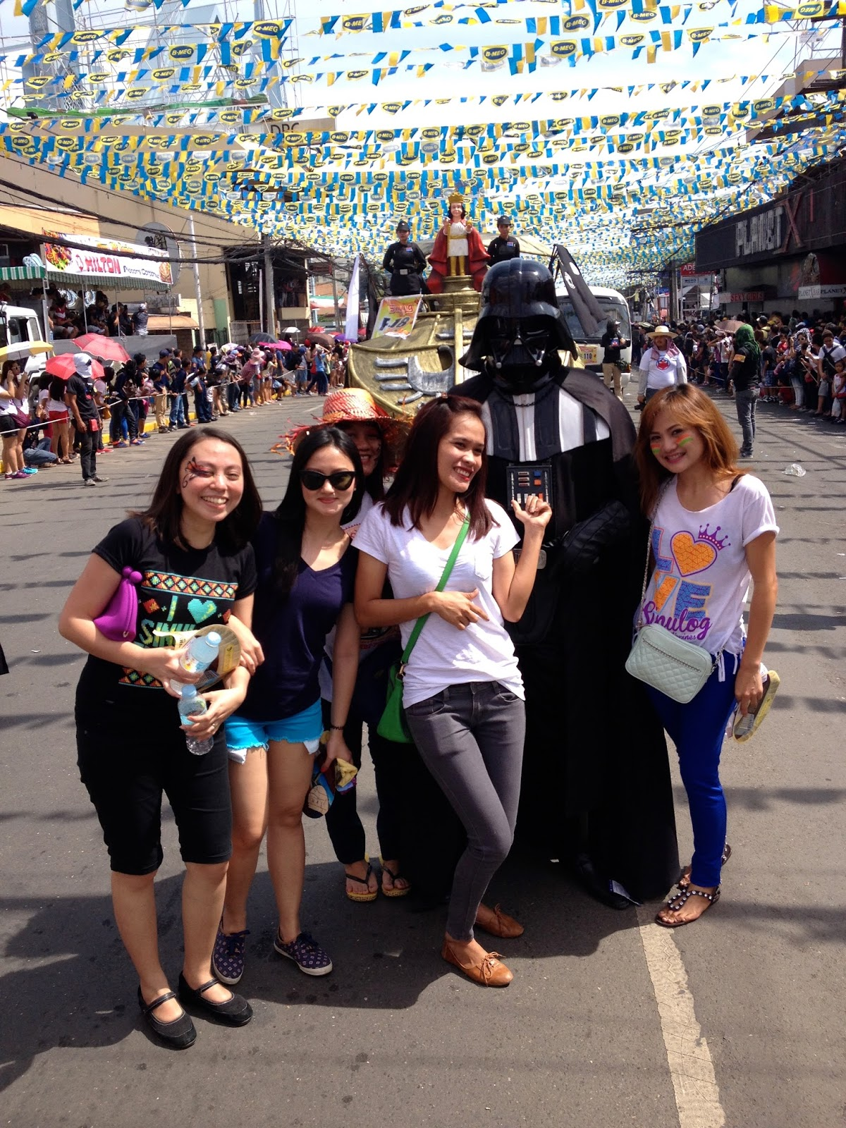 darth vader at the Sinulog 2015 parade