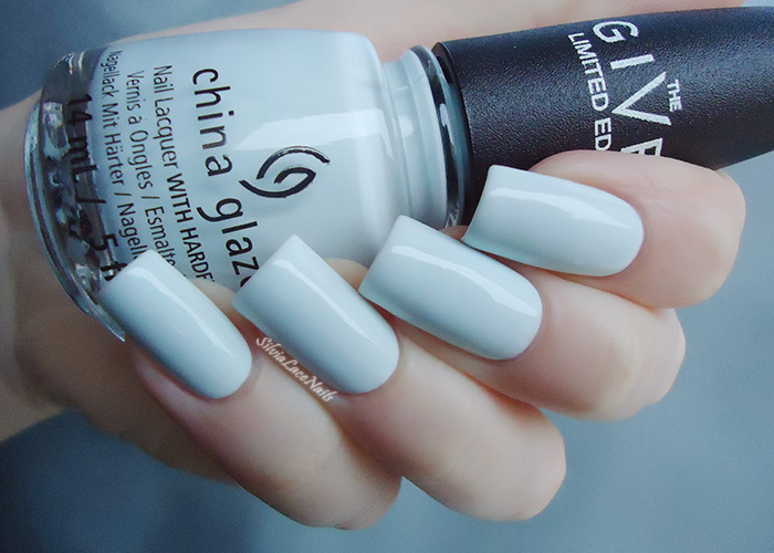 Silvia Lace Nails: China Glaze - New Birth: swatches & review