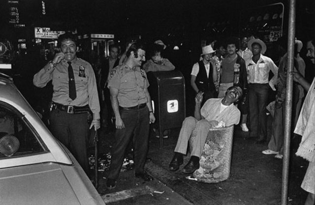 Vintage Photos Reveal City Crime Used To Be More Fun
