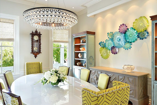 Desain Ruang Makan Colorful Zest