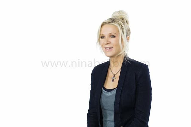 Danielle Spencer, portrait photography, chatswood, sydney, north sydney, headshot, corporate photography