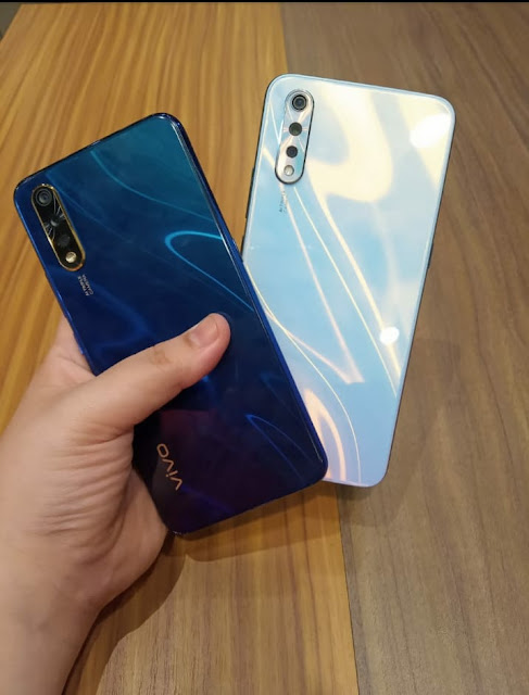 Kelebihan Smartphone Vivo S1
