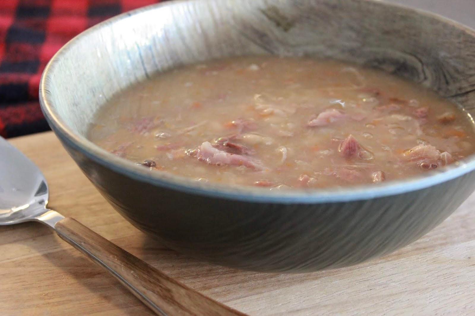 Slow Cooker Bean Soup Recipe