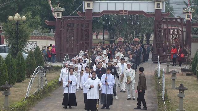 Lễ truyền chức Phó tế và Linh mục tại Giáo phận Lạng Sơn Cao Bằng 27.12.2017 - Ảnh minh hoạ 253