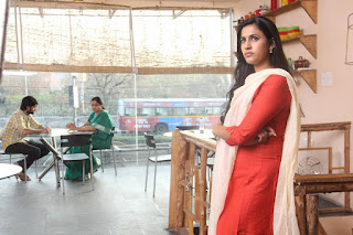 Niharika in Oka Manasu movie 001.jpg