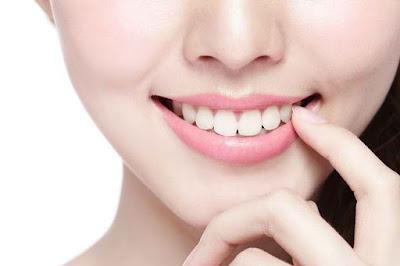 7 Cara Melakukan Perawatan Gigi Dalam Kehidupan Sehari-Hari