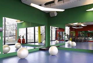Lugar de trabajo con diseño original para ejercitar