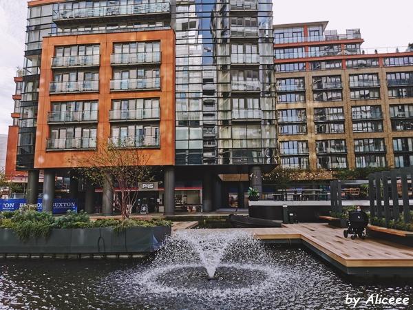 Floating-Pocket-Park-in-Paddington-Basin