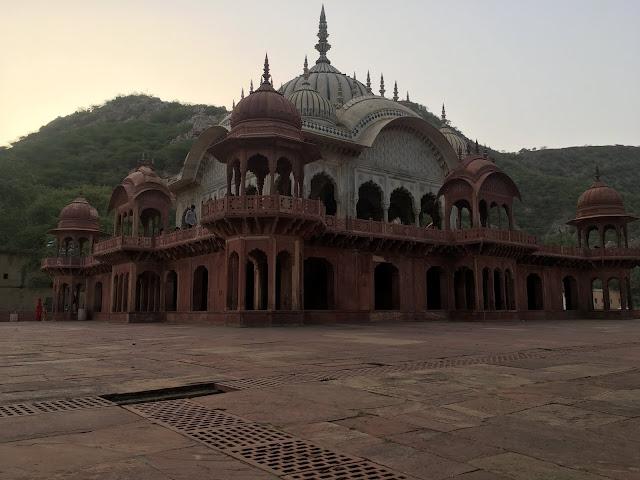 Moosi Maharani Ki Chhatri, Alwar