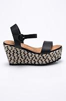 sandale-din-colectia-corina-11