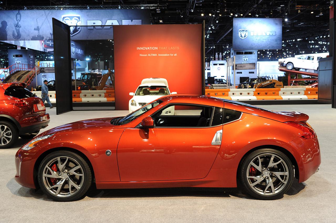 Elegant Car Nissan 370z 2013