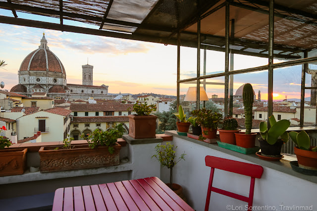 Best AirBnBs in the World: Travel Bloggers share Their Favorite Unique AirBnB Listings | CosmosMariners.com