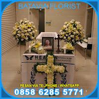 Jasa Pembuatan Bunga Altar Duka Cita Gereja di Bekasi
