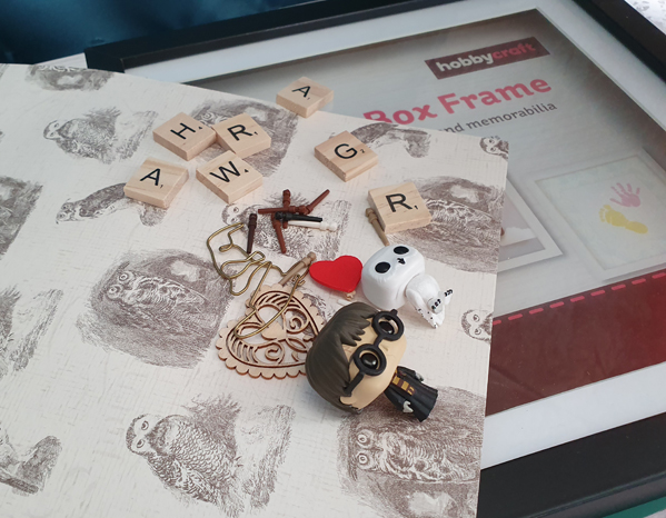 Accessories used for the Scrabble Art Picture Frame