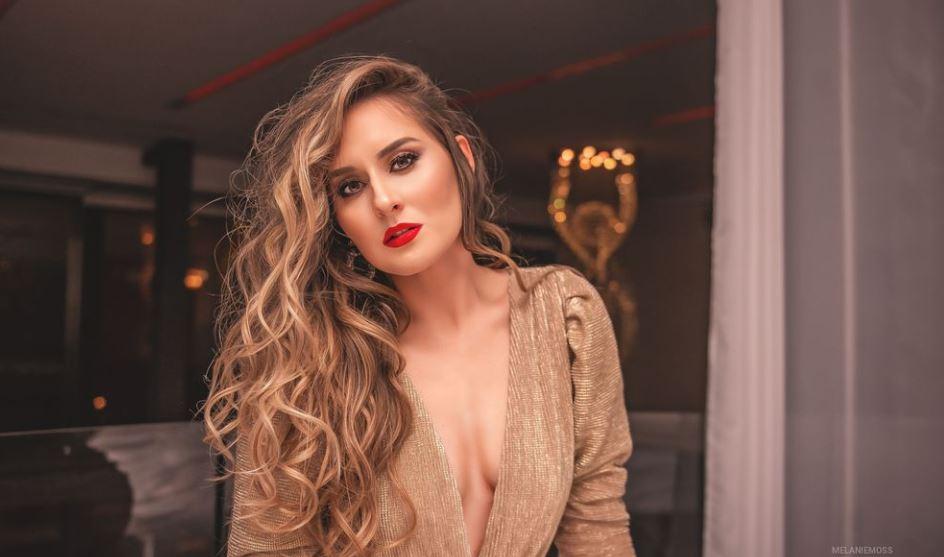 MelanieMoss Model GlamourCams
