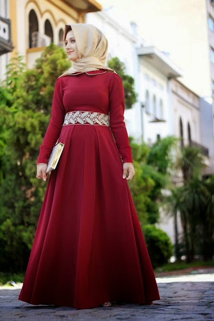 فستان أحمر للمحجبات