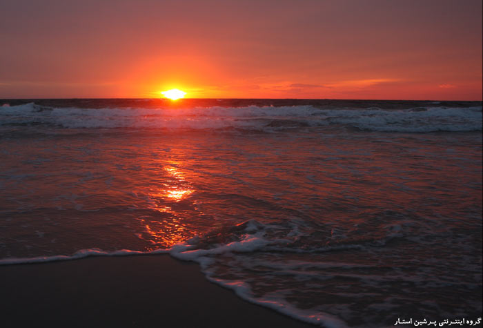 غروب الشمس على البحر في 5