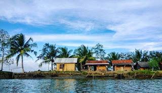kampung diatas laut