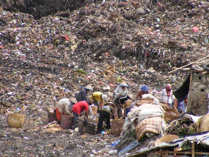 pengertian, bahaya dan jenis limbah