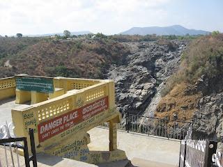 Shivanasamudra falls landing