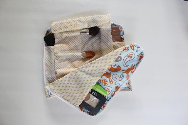 Foxy Makeup Bag | www.kimsixfix.com