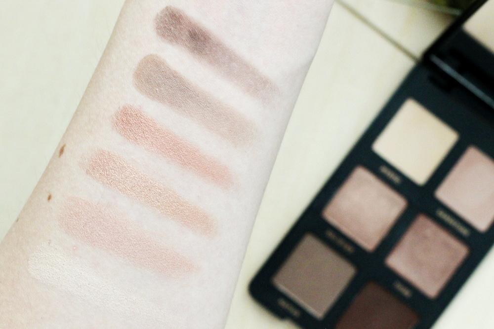 bareMinerals Gen nude rose Eyeshadow Palette