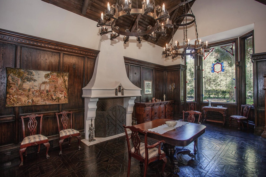 Old World, Gothic, and Victorian Interior Design: Old ...